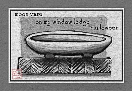 2016-halloween-moon-vase-1-sml-6x